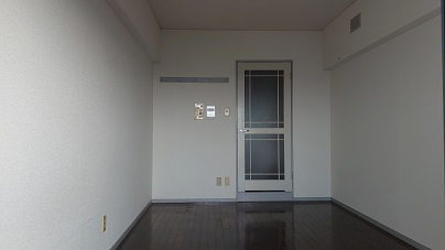 白を基調をしたお部屋です